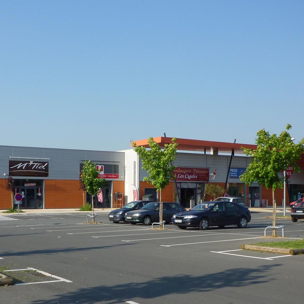 Zone commerciale parc de Valmontour Vouillé
